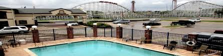 Hotels Next To Six Flags Over Texas Ranger Inn And Suites Six Flags Stadium Arlington Texas Tx Hotels
