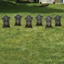 halloween outdoor decoration amazon com fake tombstones halloween yard decoration set 6