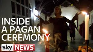 what happens at a pagan ceremony