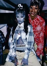 Walking Dead Halloween Costume Ideas Rihanna Dresses Latina Gangster Halloween