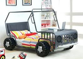 chambre enfant formule 1 deco chambre voiture cool idace pour le lit voiture formule 1 deco