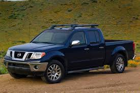 2013 nissan frontier warning reviews top 10 problems you must know