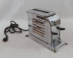 Fiesta Toaster How Could You Not Want One Of The First Ever Pop Up Toasters In