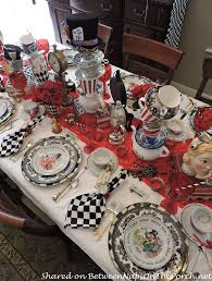 Sweet 16 Dinner Party Ideas We U0027re All Quite Mad Here An Alice In Wonderland Mad Hatter Party