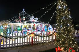 readers tell us your favorite holiday decorated homes burbank