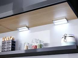 maitre de la cuisine lumiere cuisine sous meuble dans la cuisine desormais les leds