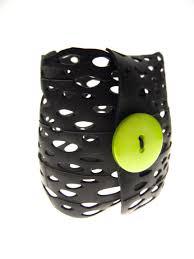 chambre à air vélo bracelet écolo en chambre à air de vélo recyclée bracelet par le