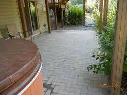 Sand For Brick Patio by How To Lay Pavers For A Patio Fixing A Brick Patio Yourself