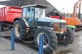 lamborghini tractor file lamborghini 165 racing tractor 16580800475 jpg wikimedia