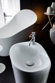 Coolest Bathroom Faucets Black Washbasin Pan White Wall Paint Stainless Steel Faucet