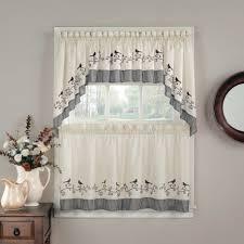 Simple Curtain Designs Photos