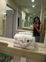 bathroom mirrors miami the 2 mirrors facing each other gives the illusion of a bigger