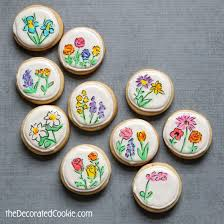 flowers drawn on decorated cookies for mother u0027s day