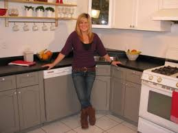 what of paint do you use on melamine cabinets deb on a dime kitchen makeover steven and chris