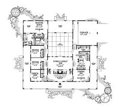 floor plans with courtyards house plans courtyard center house plans