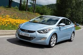 hyundai drops new photos of the 2011 elantra avante