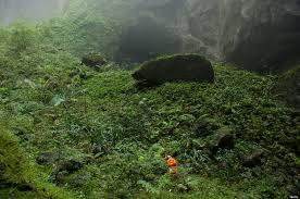 go inside son doong the world u0027s largest cave it u0027s magnificent