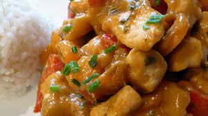 cuisiner blanc de poulet blanc de poulet à la pâte de curry recettes a cuisiner
