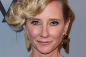 anne heche hairstyles anne heche 2018 pictures photos images zimbio