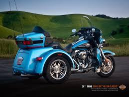 2013 harley davidson flhtcutg tri glide ultra classic light blue