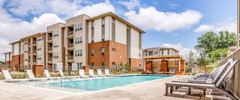 sterlingshire apartments in dallas tx sterlingshire homepagegallery 1