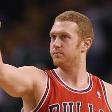 Brian Scalabrine Meme - the white mamba what makes people love brian scalabrine bleacher
