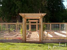 Types Of Fencing For Gardens - glorious types of garden fence panels tags types of garden fence