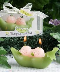 two peas in a pod picture frame two peas in a pod green ceramic salt pepper shakers wedding