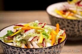 cuisiner radis blanc recette de salade asiatique aux carottes radis et chou la vie