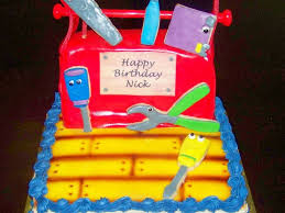 handy manny cake and tool box cakecentral com