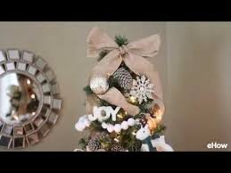 How To Decorate Garland With Ribbon How To Put Ribbon Garland On A Christmas Tree Youtube