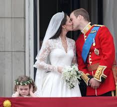 Hochsteckfrisurenen Ohne Ohren by Herzogin Catherine Prinz William So Sehen Ihre Blumenmädchen