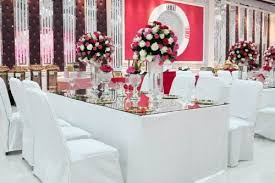 halls for weddings where can i find best banquet halls for the budget of 150000 in