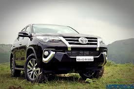 fortuner specs new 2016 toyota fortuner india review price specs mileage