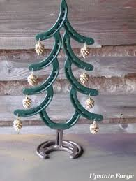 horseshoe christmas tree horseshoe christmas tree ideas christmas decoration ideas creative