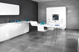carrelage design cuisine sol cuisine design cool une cuisine ouverte dlimite grce au sol