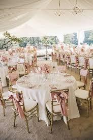tons mariage décoration de table pour un mariage traditionnel dans les tons