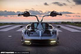 koenigsegg huayra interior pagani huayra bc specs technical data 21 pictures and 10 videos