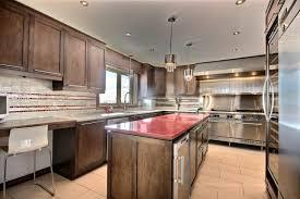 cuisine en armoire de cuisine bois massif cuisine sur mesure cuisine en bois