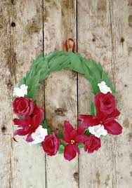 how to make home decorative things crepe paper holiday wreath by all things paper project home