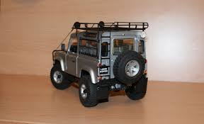 customized land rover diecast land rover defender 90 modelcar customized 1 18 in silver