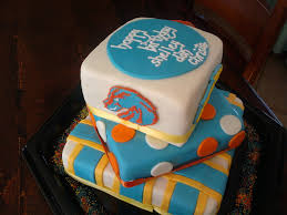 aimeejo desserts chargers boise state broncos cake