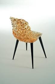 chaise dorée chaise design original en polycarbonate en bois dorée