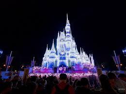 cinderella castle with holiday lighting u2013 atmtx photo blog