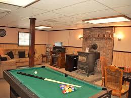 Split Level Bedroom by Cozy 5 Bedroom Split Level Home With A Homeaway Henryville