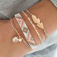 bracelet sets this beautiful light grey bracelet set is populair this week