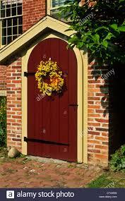 spring wreath door stock photos u0026 spring wreath door stock images