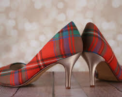 wedding shoes jogja design your custom wedding shoes by elliewrenweddingshoe on etsy