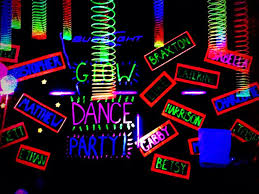 glow in the decorations best 25 glow party decorations ideas on diy