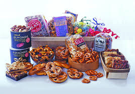 zabar s gift baskets 10 gift cards snack attack gift basket